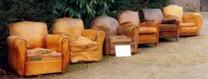 Série d'anciens fauteuils clubs à rénover
